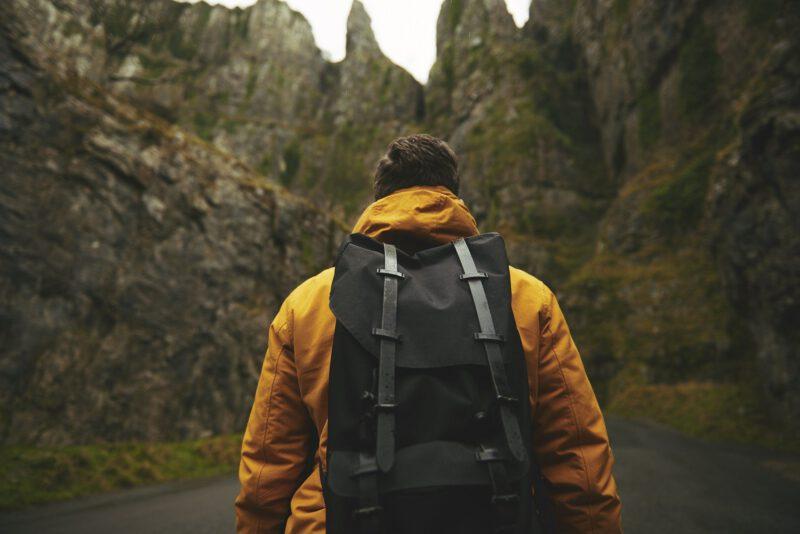 Plecak czy torebka? Czyli rozważania na temat męskości, z przymrużeniem oka